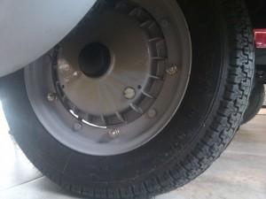 Rear break liner sight hole